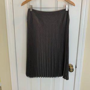 Grey accordion pleated skirt